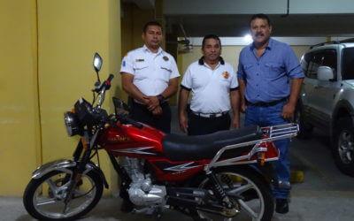 Entrega de Motocicleta a la 127 cía. de Bomberos Voluntarios